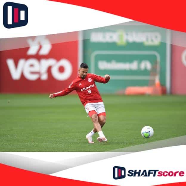 Jogador do Internacional treinando para a Libertadores
