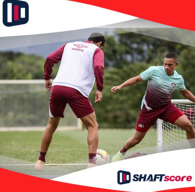 Time do Fluminense treinando para Copa do Brasil
