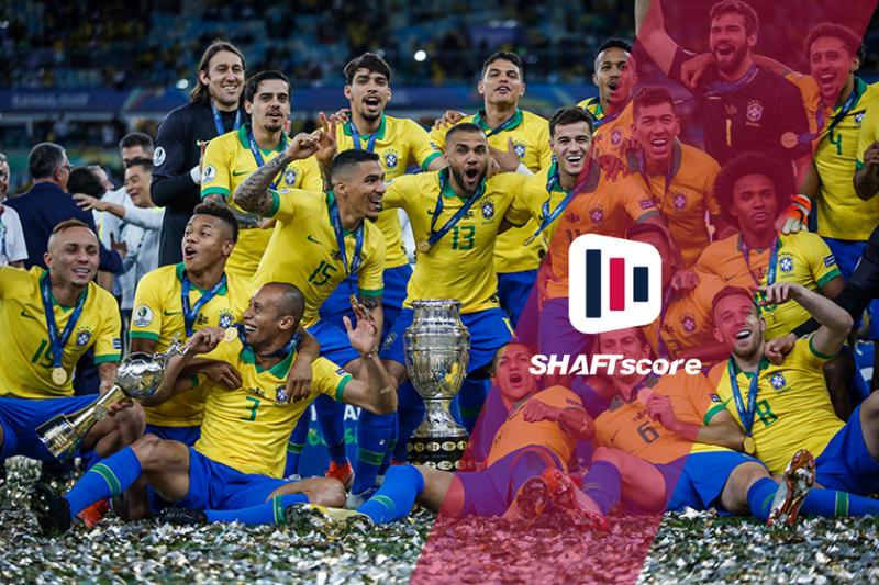 Seleção brasileira comemorando título da copa América